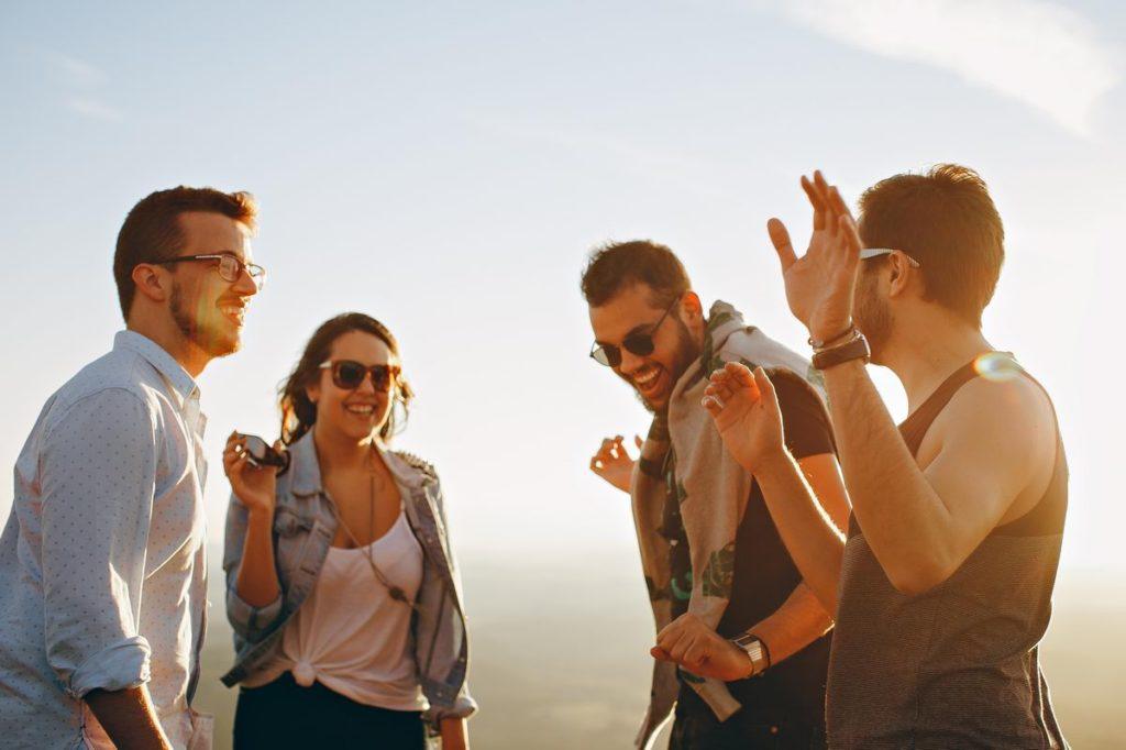 Szczęśliwi ludzie - pożyczka na raty
